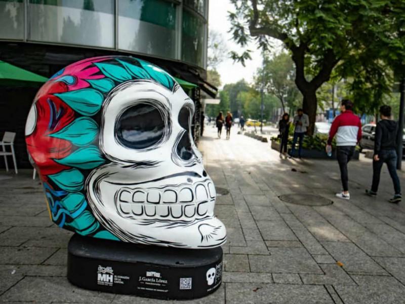Por contingencia CDMX retira Mexicráneos, pero reabre parque de diversiones