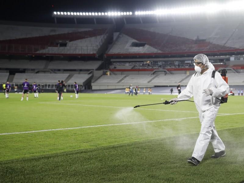 Por Covid-19, AFA suspende los partidos de fútbol en Argentina