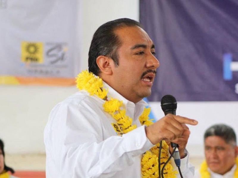 Por Covid-19, fallece exdiputado local en Oaxaca