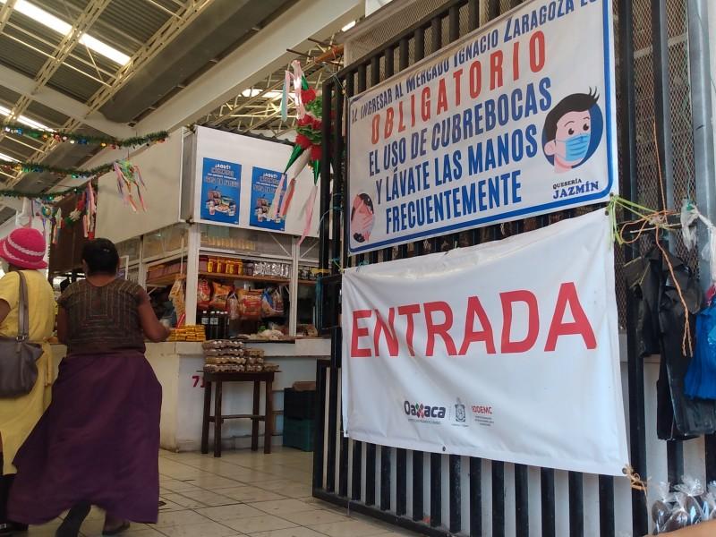 Por donaciones y compras personales comerciantes adquieren insumos ante Covid-19