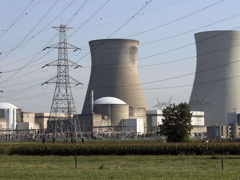 Por fuga de hidrógeno, apagan reactor nuclear en Bélgica