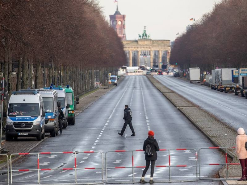 Por incremento Covid-19, Alemania extiende confinamiento endureciendo restricciones