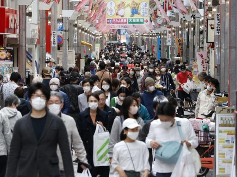 Por incremento Covid-19, Japón cerrará almacenes, bares y teatros