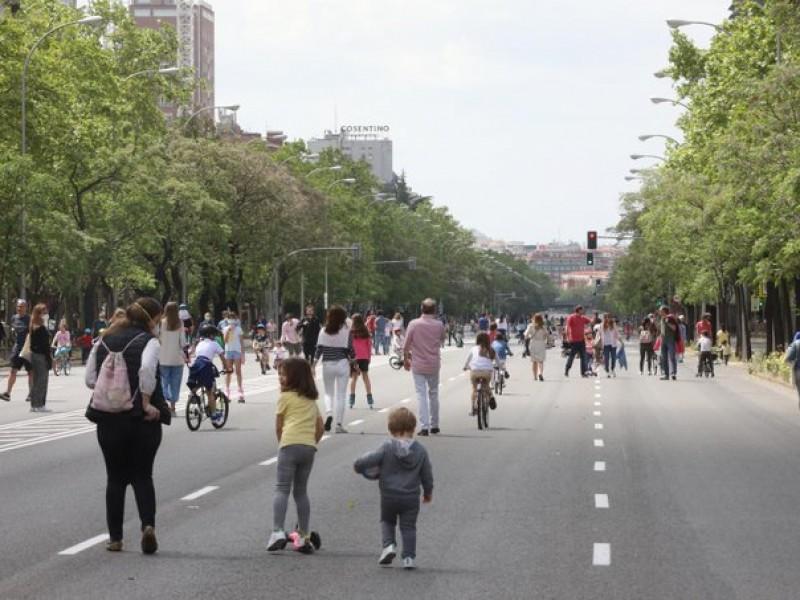 Por incremento Covid-19, Madrid prórroga toque de queda