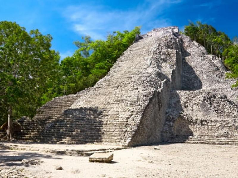 Por la fuerza... ejidatarios reabren zona arqueológica de Cobá