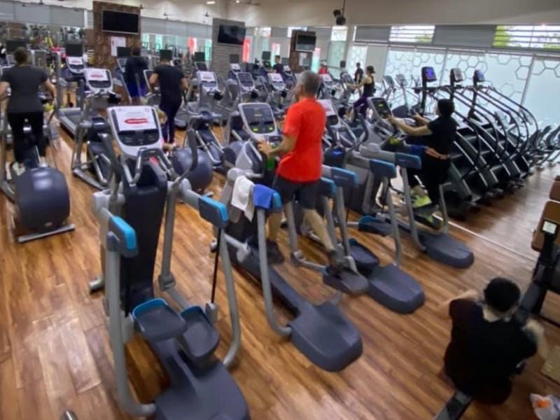 Por orden de Salud, cierran gimnasios Capital Fitness y Elite