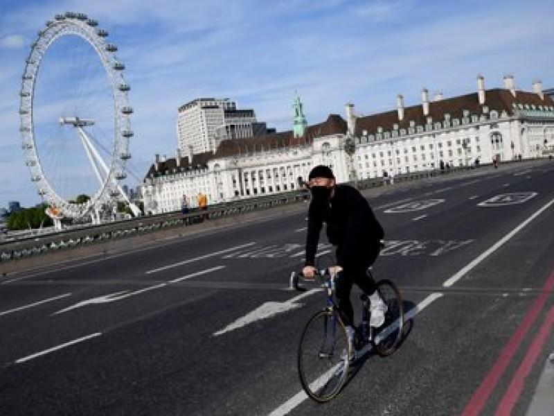 Por rebrotes Covid-19, Londres endurece medidas sanitarias