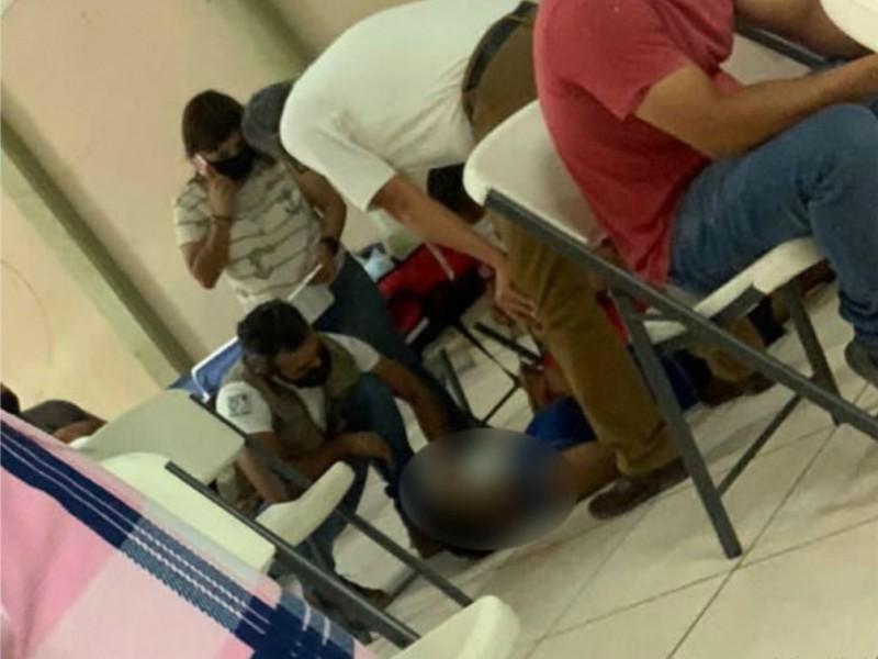 Por temor a vacunarse 7 jóvenes navojoenses se desmayaron