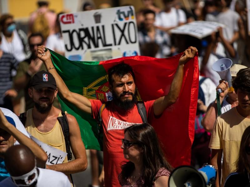Portugal liberará restricciones a finales de verano pese a contagios