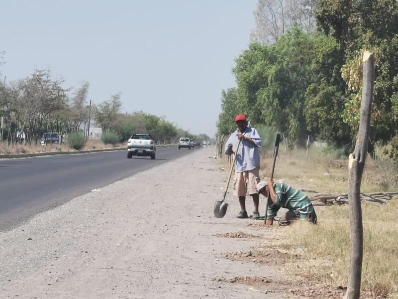 Invasores se apoderan de carretera Los Mochis - San Blas