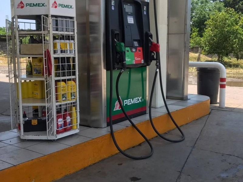 Precios de la gasolina se disparan en la zona fronteriza