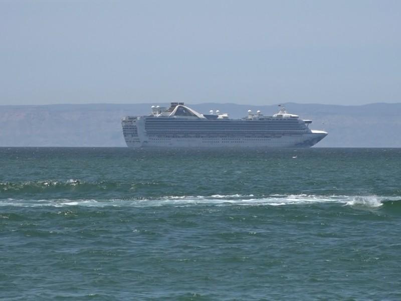 Preocupa a expertos posible contaminación de cruceros