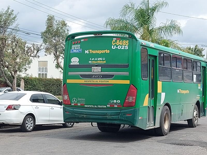 Preocupan contagios en transporte público a universitarios