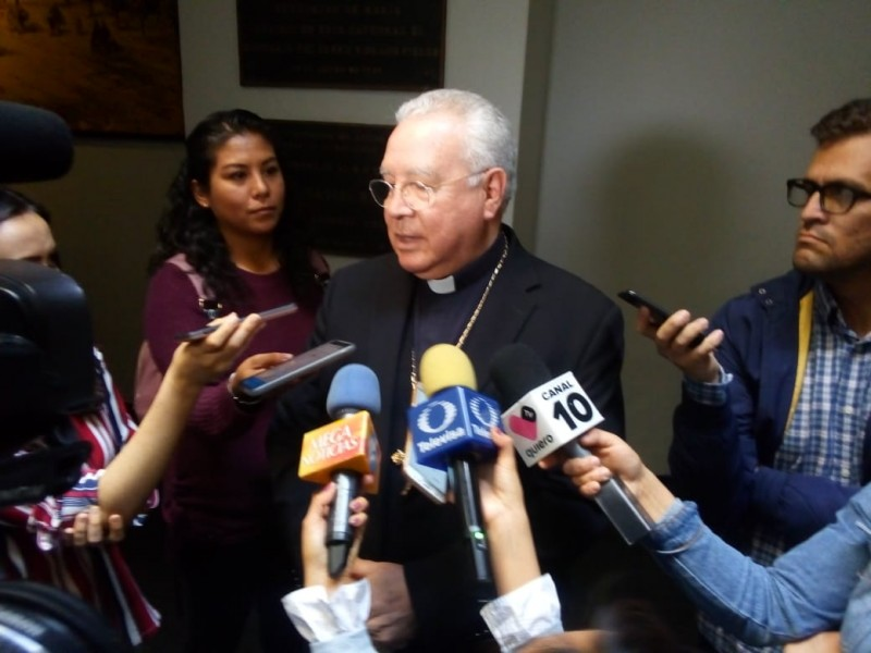 Preocupante nexos de funcionarios con el crimen:Robles Ortega