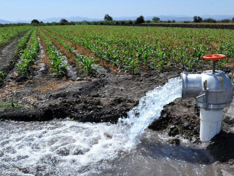 Preparan riegos de auxilio para cultivos del Valle del Mayo