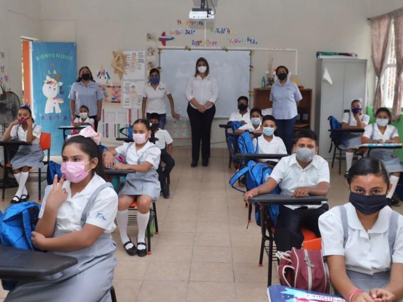 Prepas y universidades sí regresan de manera presencial en Michoacán