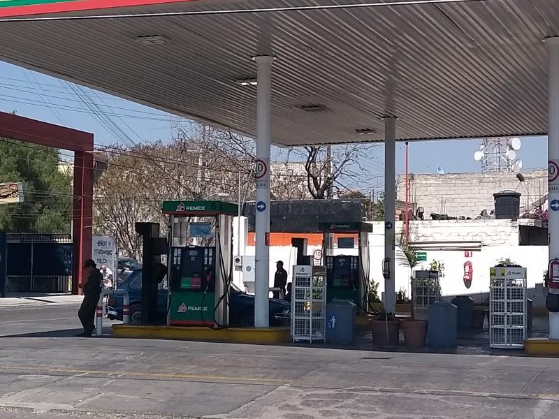 Presentan gasolineras en Tehuacán desabasto de combustible