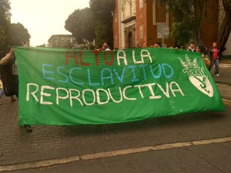 Presentan nuevamente iniciativa para la despenalización del aborto en Puebla