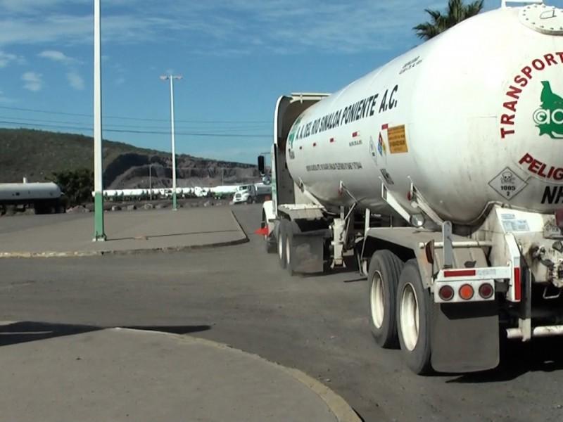 Presentan punto de acuerdo para bajar precios de fertilizantes