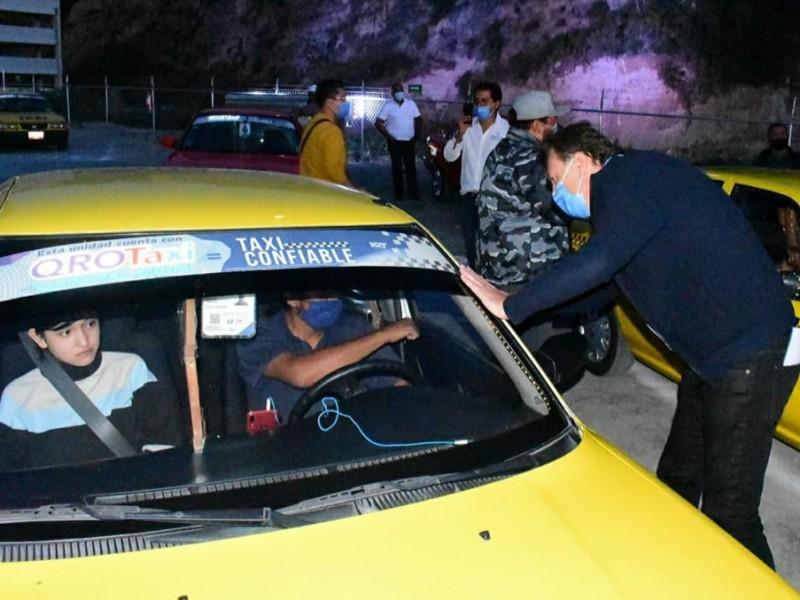 Presentó Mauricio Kuri su informe de actividades ante taxistas