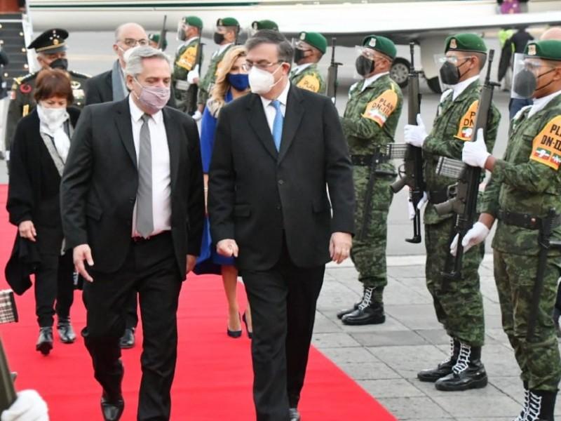 Presidente Alberto Fernández llega a México con una amplia agenda