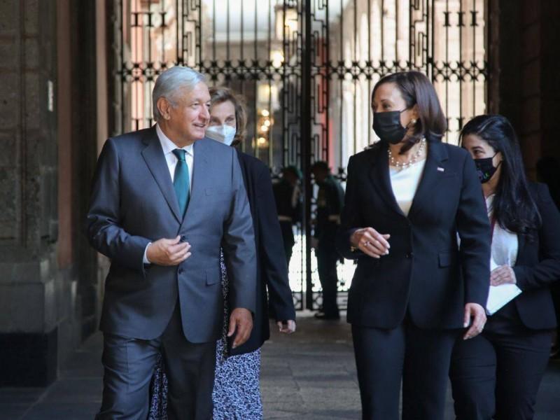 """""""Presidente Kabala, mucho gusto"""": AMLO cambia el nombre de vicepresidenta"""