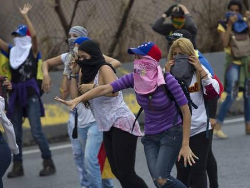 Presos políticos venezolanos protagonizan motín