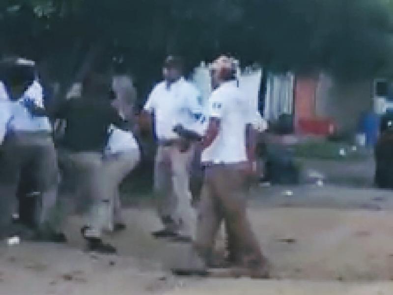 Presuntamente golpean a migrantes en Arriaga