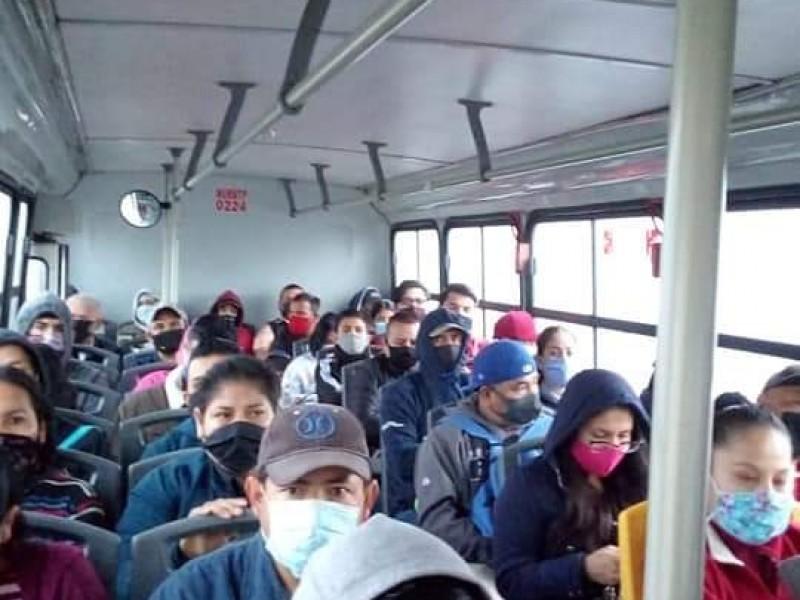 Prevalece renuencia de no usar  cubrebocas en transporte público