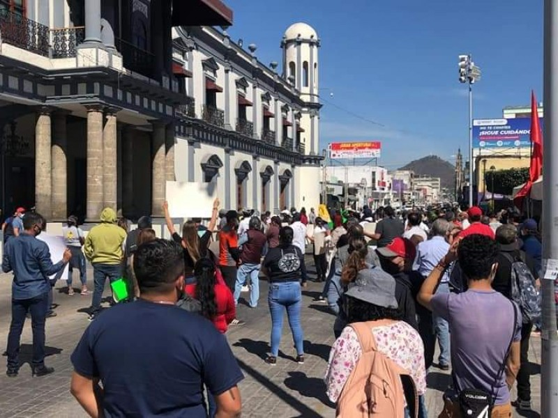 Prevé CANACO Tepic quiebra de PYMES por nuevo cierre comercial