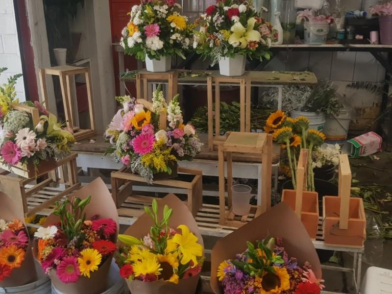 Prevén vendedores aumento en costo de flores para 10 mayo