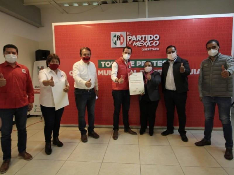 PRI renueva comités municipales en Tequis y Landa