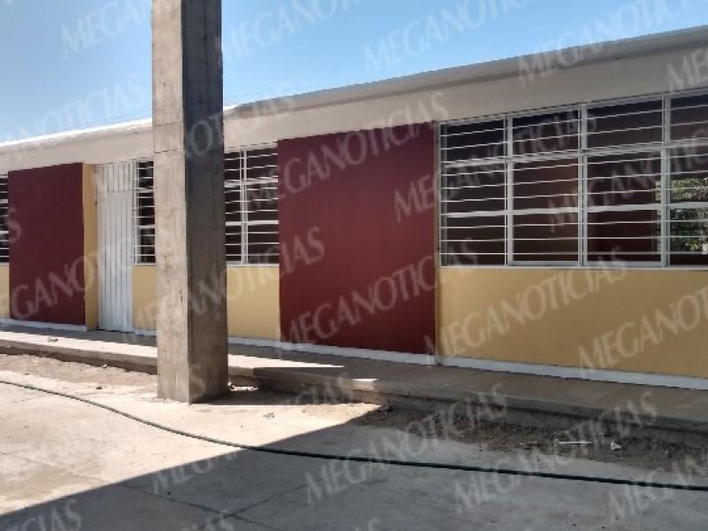 Primaria Revolución, 90% de avance en la reconstrucción de aulas
