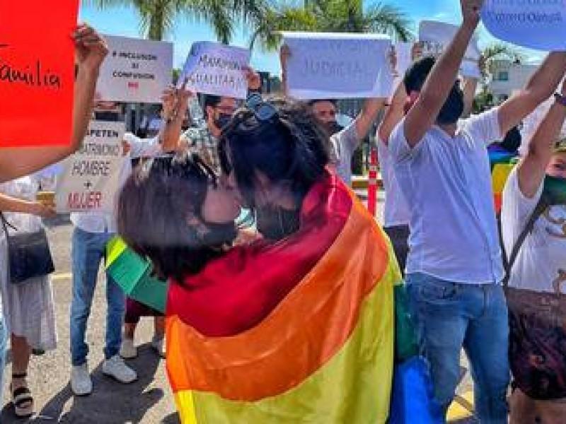 Primeras respuestas a la aprobación del matrimonio igualitario