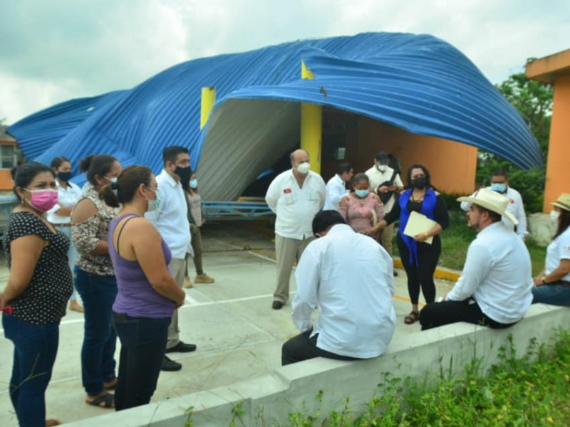 Priorizan rehabilitación de aulas dañadas por Grace en Tuxpan