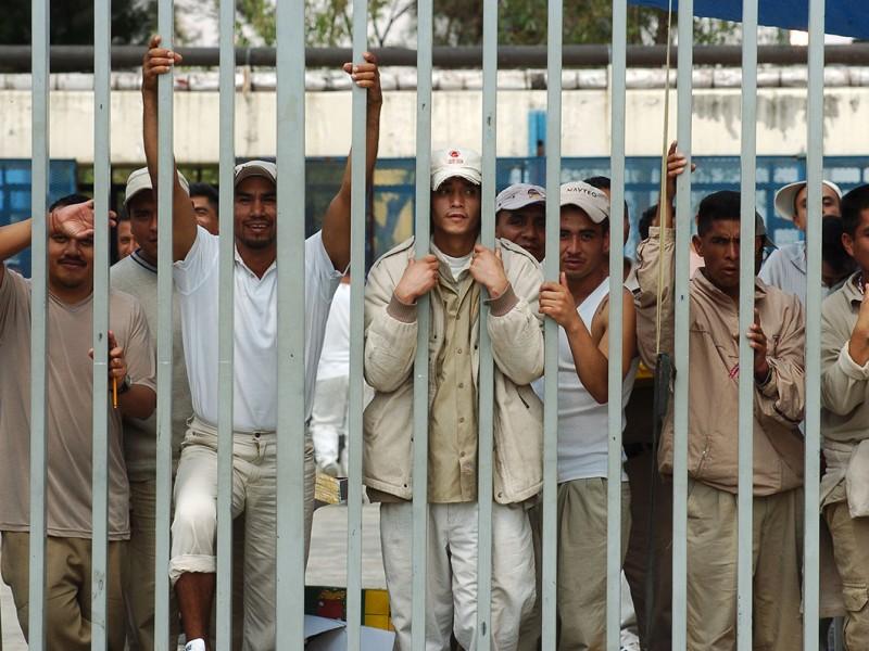 Procedimientos incorrectos encarcelaron a 80% de reclusos
