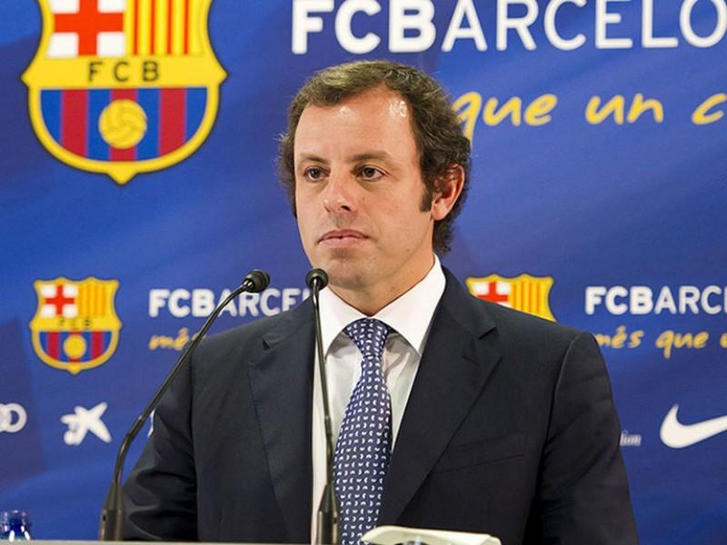 Procesan a expresidente del F.C. Barcelona por lavado