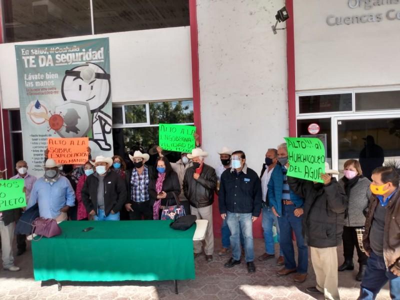 Productores sociales exigen representación en consejo de Conagua.