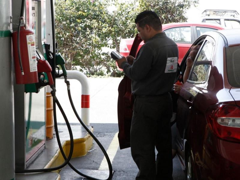 Detectan gasolinera que roba con descaro