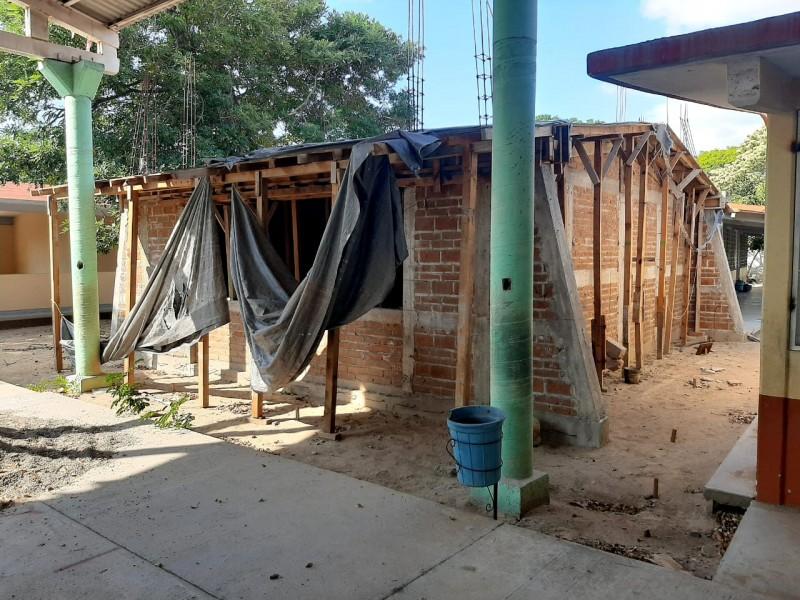Profesores del Istmo rechazan reportes oficiales de reconstrucción de escuelas