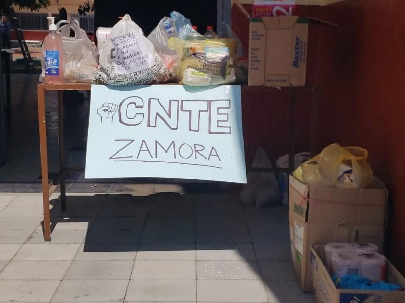 Profesores recolectan víveres para familias en situación de pobreza
