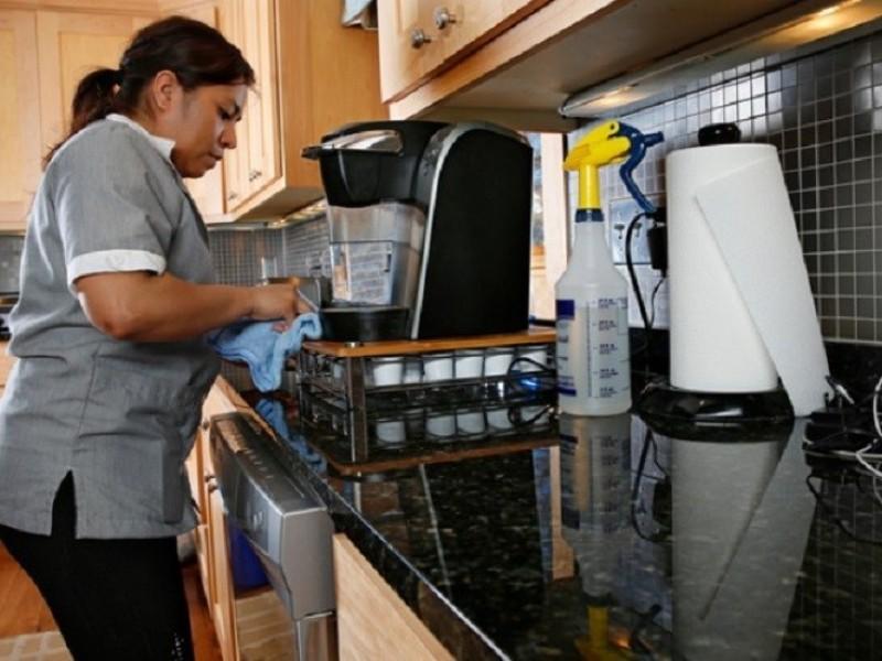 Programa piloto para afiliar a trabajadoras del hogar