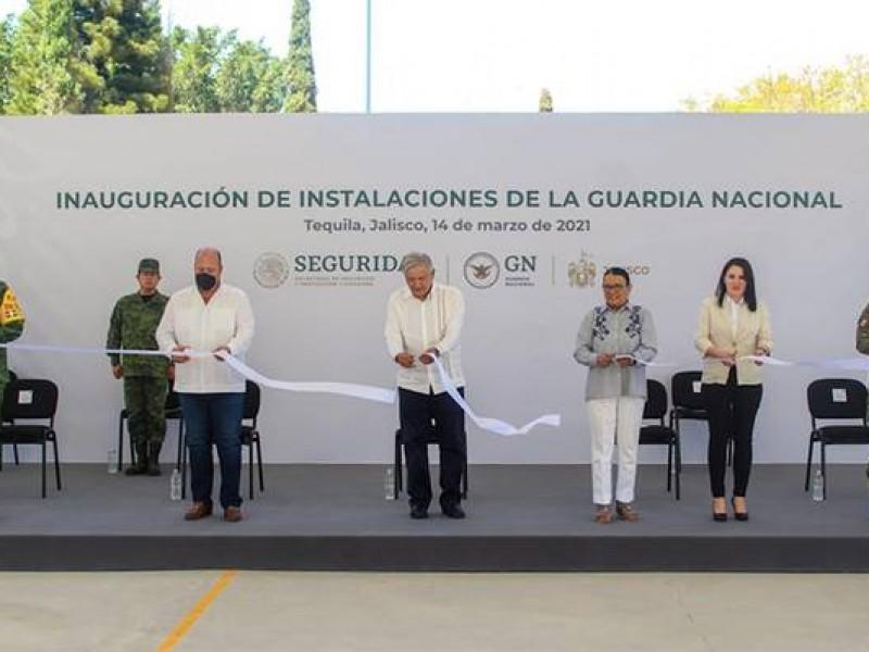 Promete AMLO apoyo a Guadalajara con vacunas y agua