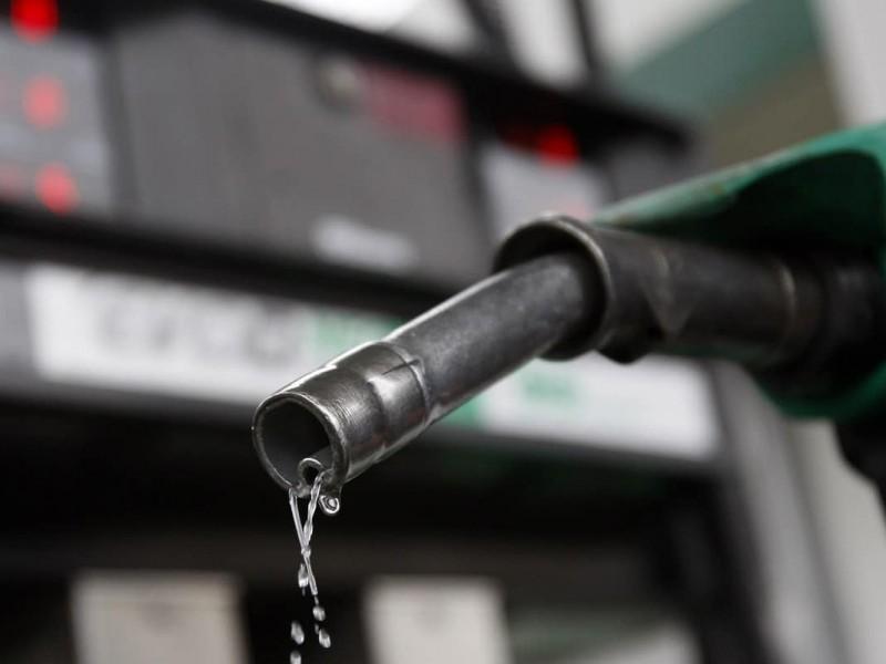 Promete AMLO homologar precios de gasolinas con EU