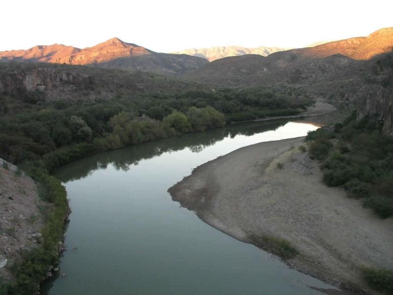 Prometen agua a los Yaquis que no existe
