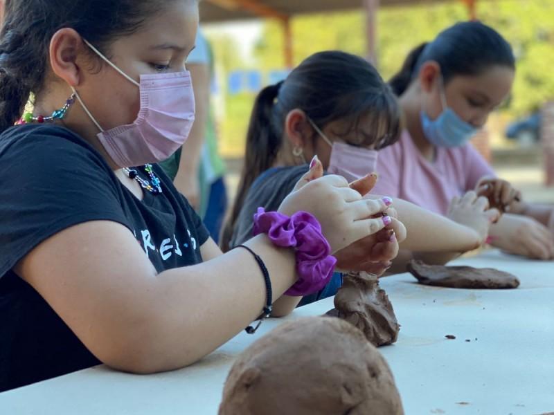 Promueven el uso del barro en Mocorito