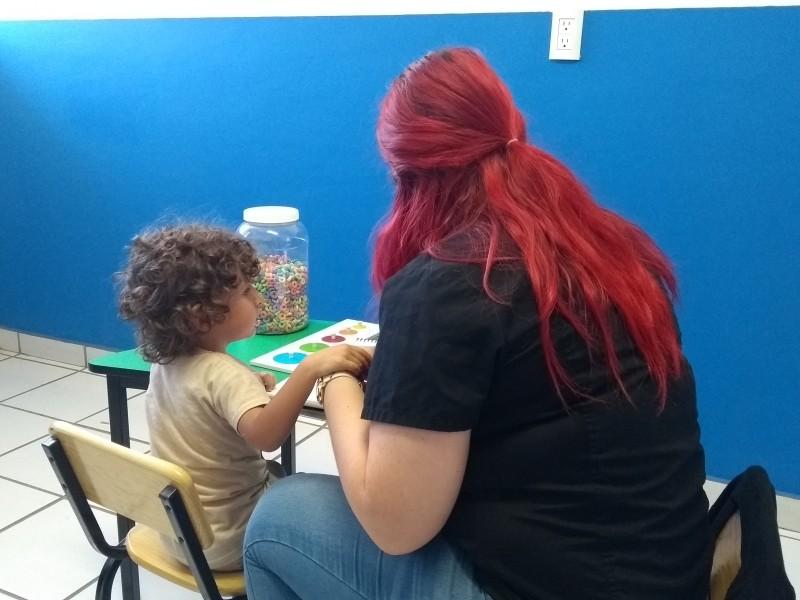 Promueven inclusión de personas con autismo en Zamora
