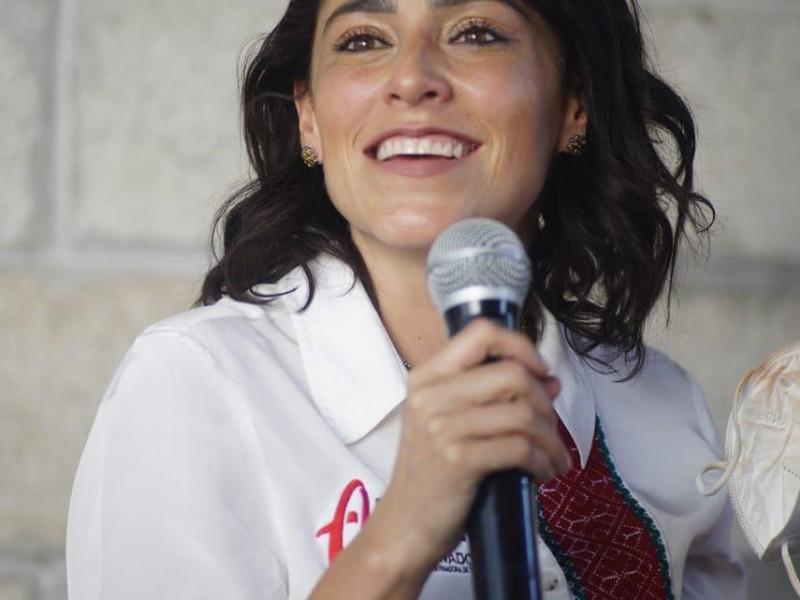 Propone Abigail Arredondo que 300 médicos atiendan en La sierra