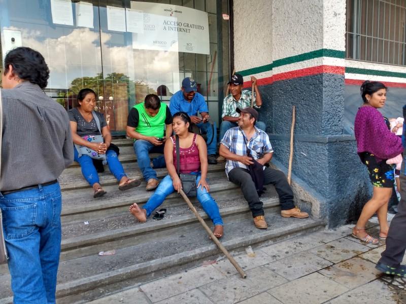 Protesta MOCRI en la SCT por obras pendientes