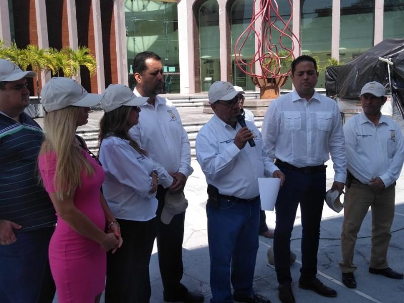 Protestan abogados por parálisis laboral el Poder Judicial de Colima